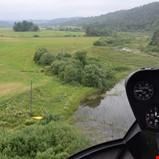 Sjekker strømnettet med helikopter